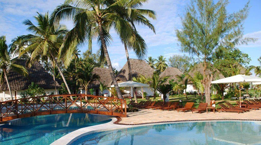 uroa-bay-beach-resort-81 - Top 30 Zanzibar Hotels