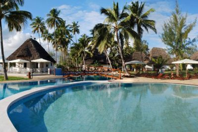 uroa-bay-beach-resort-resort11-400x267 - Zanzibar Holiday Packages