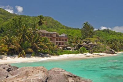 DoubleTree-by-Hilton-Seychelles-Allamanda-Resort-Spa-9-400x267 - Seychelles Holiday Packages