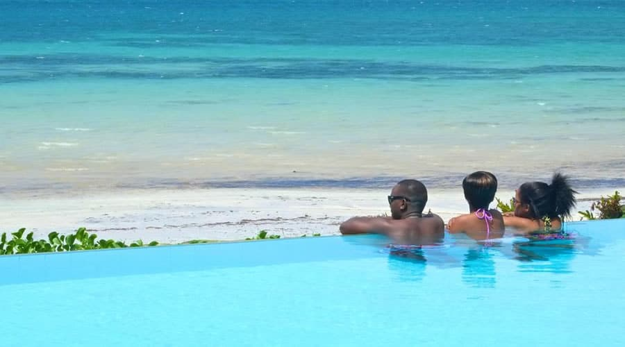 Voyager-Beach-Resort - Infinity Pools in Kenya